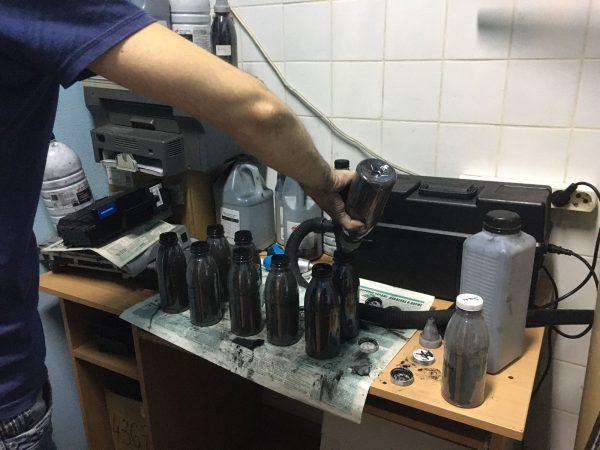 Фасовка тонера для принтеров